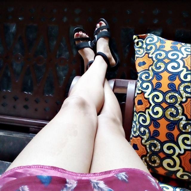 Crossed Leg Elsie Godwin in Best Western Plus Hotel - Stone City - elsieisy blog