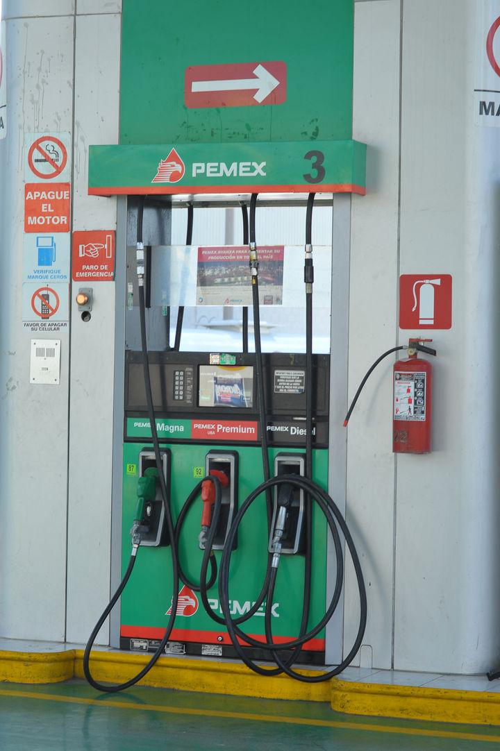 Revisa Profeco a gasolineras