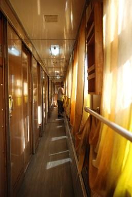Binnenkant van de trein TransSiberië express