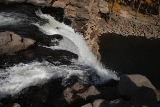 Bovenop Orkhon valley waterval Mongolië