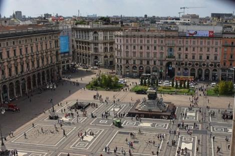 Milaan Duomo uitzicht op het plein vanaf boven
