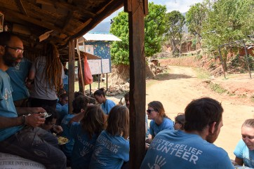 Nepalese lunch vrijwilligerswerk Nepal