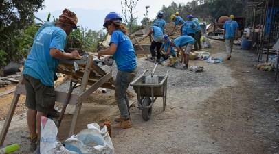 Bouwsite van de school in Nepal vrijwilligerswerk