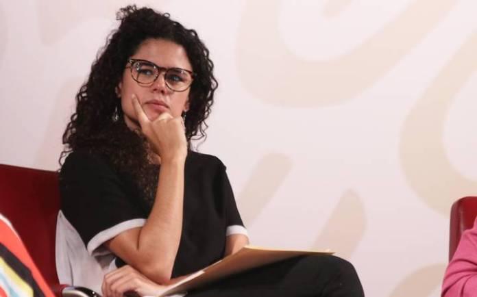 Luisa María Alcalde, dice que no tiene nada que esconder
