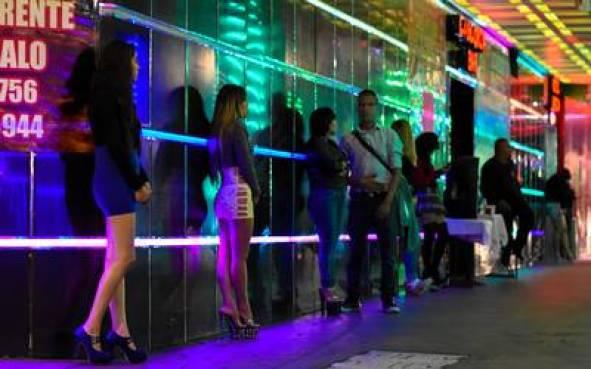 Tijuana disfruta su vida nocturna
