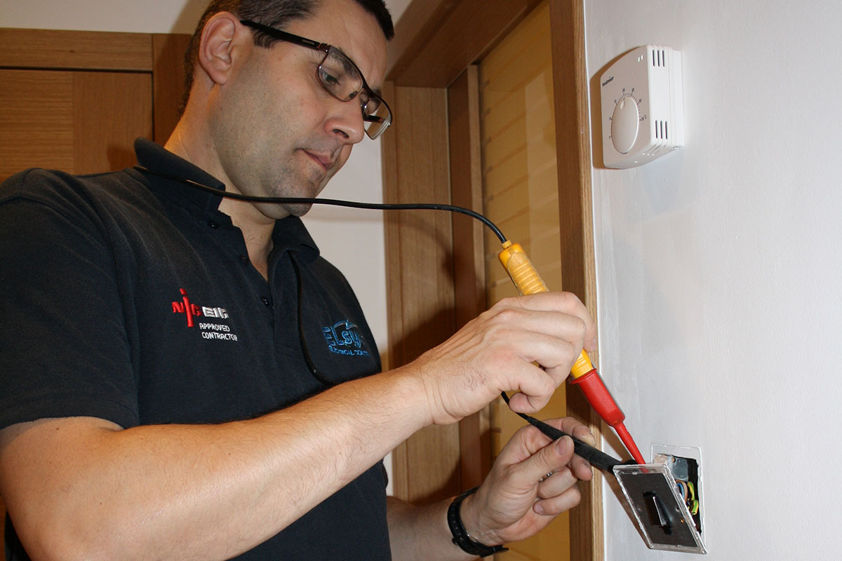 hight resolution of common household electrical problems