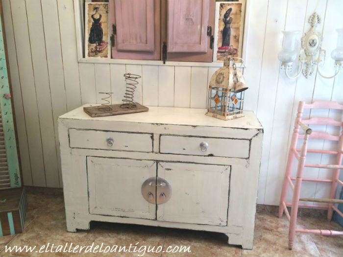 Como cambiar el color a un mueble el taller de lo antiguo - Muebles antiguos pintados de blanco ...