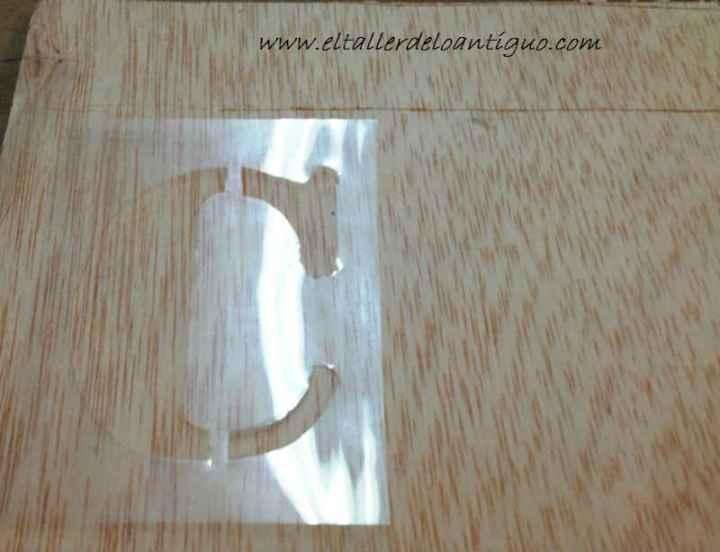 2-como-pintar-con-plantillas-de-letras