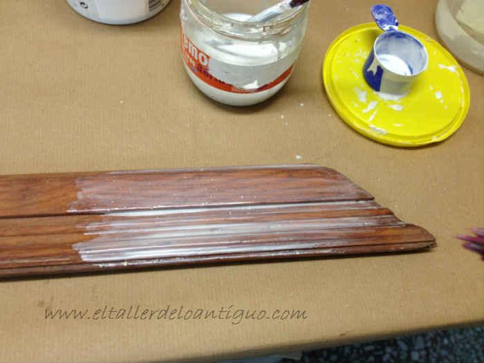 Como preparar agua-cola para imprimación Proceso y aplicaciones de la preparación y uso del agua cola.