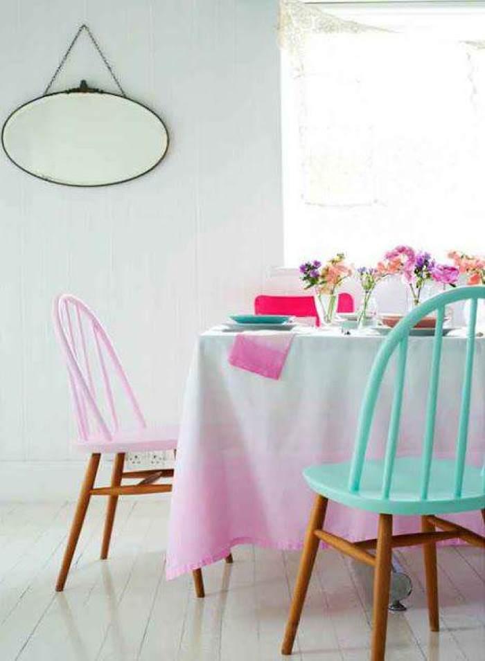Mesas y sillas de colores el taller de lo antiguo for Mesas y sillas diseno