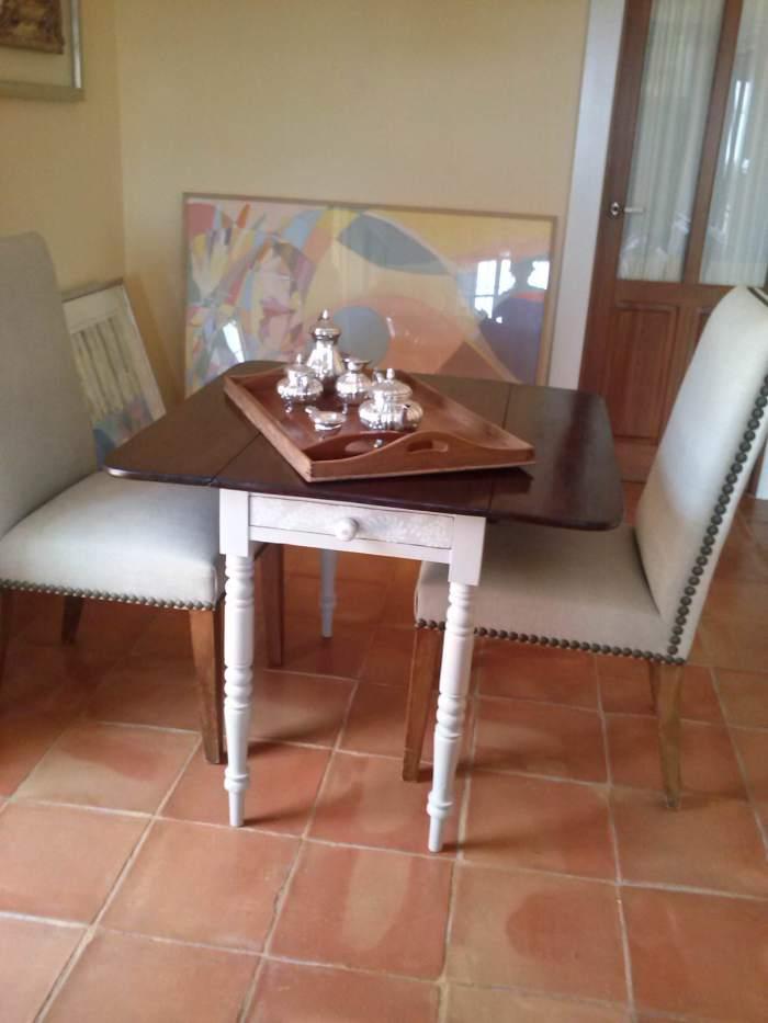 18-pintar-una-mesa-de-caoba-con-elegancia