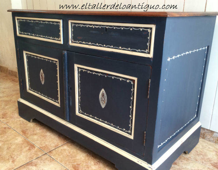 12-Pintura-decorativa-en-un-mueble-ingles