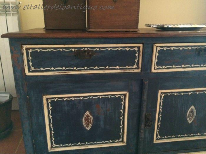 **Pintura decorativa en un mueble inglés - El Taller de lo Antiguo