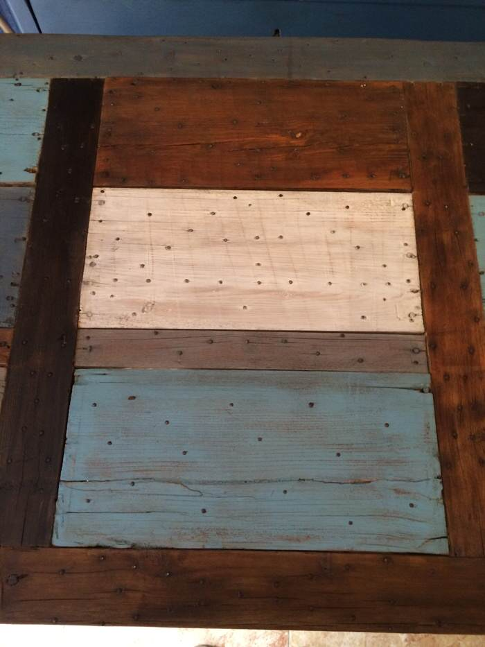 6-Reciclar de puerta a mesa de exterior