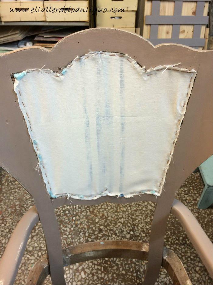 Como tapizar un respaldo de silla el taller de lo antiguo - Tejidos para tapizar sillas ...