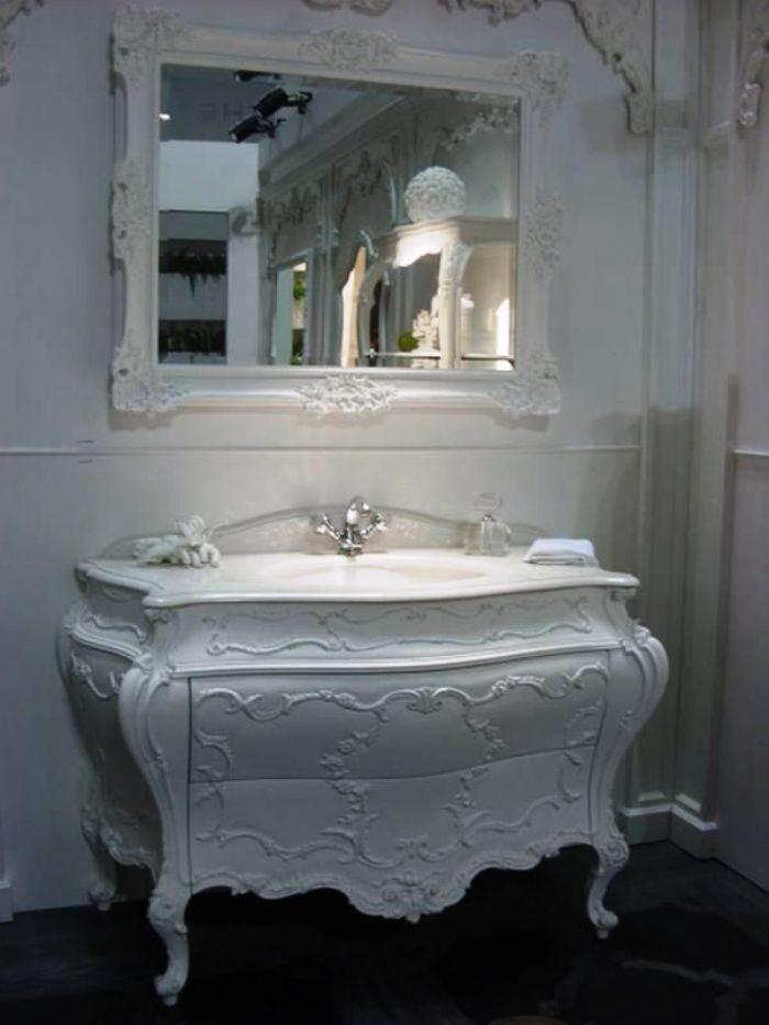 9-una-comoda-en-el-baño