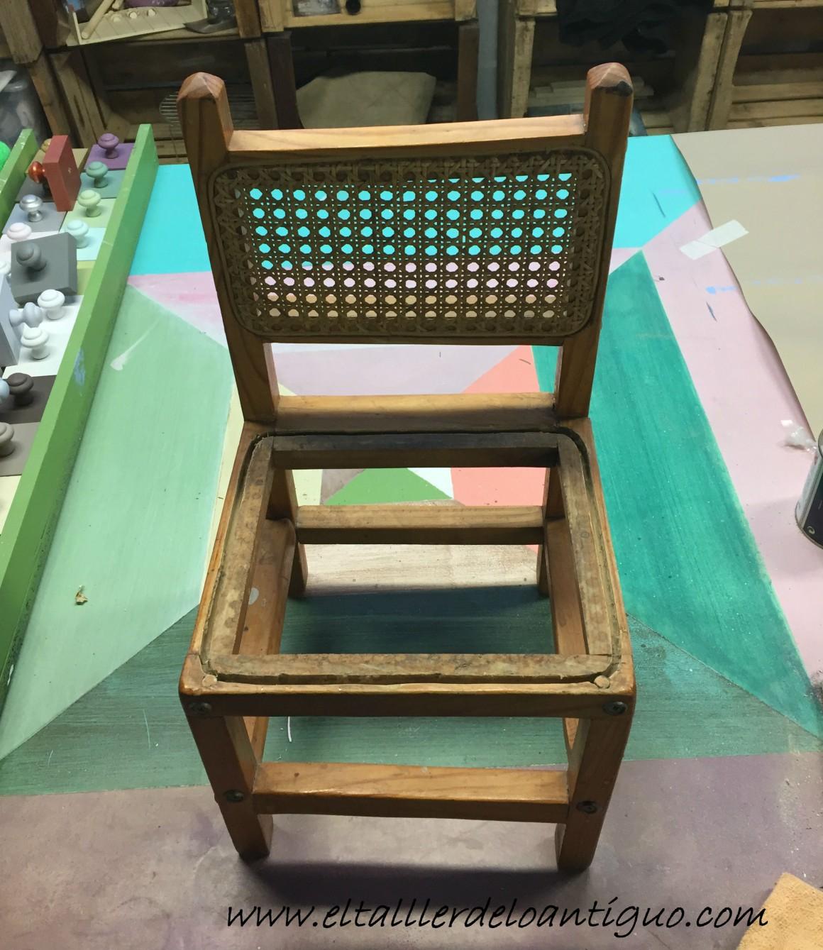 Reparacion de sillas de rejilla top hacemos arreglos de - Como arreglar el asiento de una silla ...