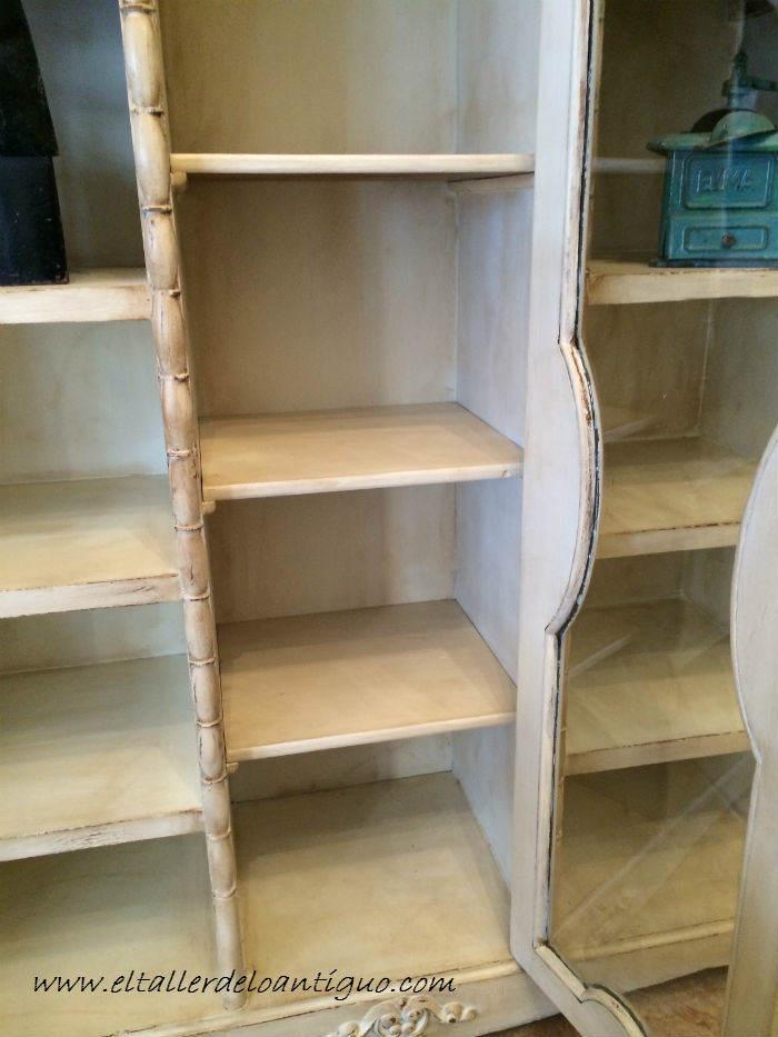 7-Pintar-mueble-rustico-en-blanco