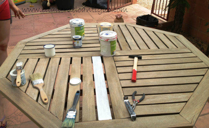 Pintamos-una-mesa-de-teka-03