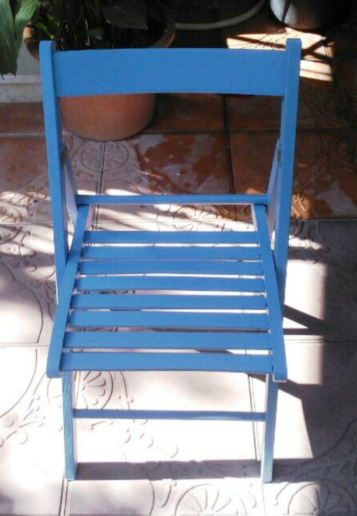 Pintamos-una-mesa-de-teka-06