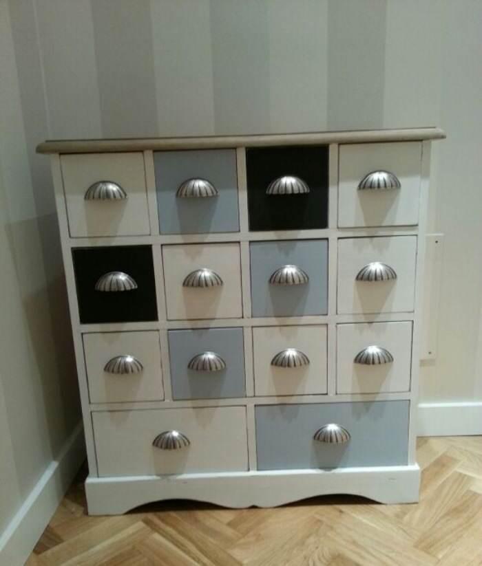 Reinventa con pintura de cl sico a moderno el taller - Tiradores para muebles antiguos ...