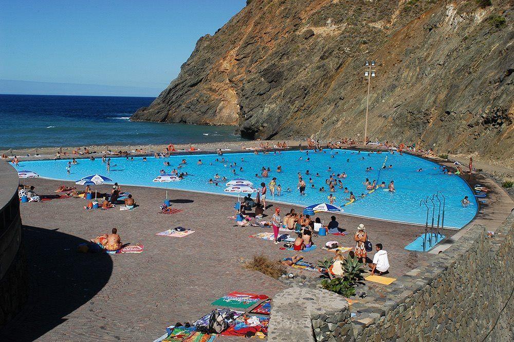 Las piscinas de vallehermoso no son para el verano la inoperancia pol tica deja a los vecinos - Piscinas en el valle ...