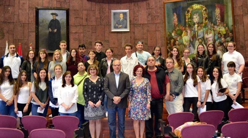 El IES San Sebastián representará a La Gomera en el Concurso Regional de Debate Escolar