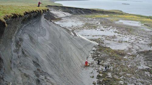 La pérdida del 'permafrost' y la absorción terrestre de la radiación solar en el Ártico acelerarán el calentamiento