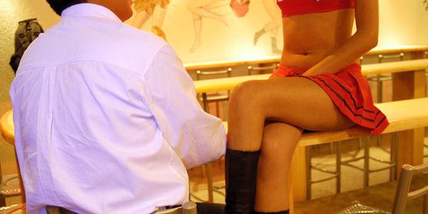 Según la investigación, el 48 por ciento de las encuestadas se ha enamorado de un cliente.