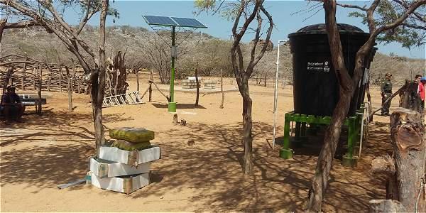 Para estas rancherías, en total 35 familias, se construyeron dos pozos de 21 metros de profundidad que se intervinieron durante dos meses y funcionan con paneles solares.
