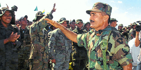 En enero del 2006, en una de las más grandes desmovilizaciones, se entregaron 2.790 'paras' del bloque Mineros, que lideró 'Cuco' Vanoy.