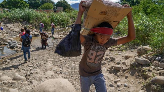 Trochas frontera con venezuela, migracion de venezolanos, migrantes, paso fronterios