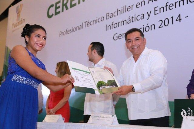 En Yucatán, los estudiantes van por más