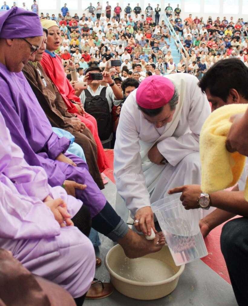 El Cereso de Mérida celebra la misa de lavatorio de pies