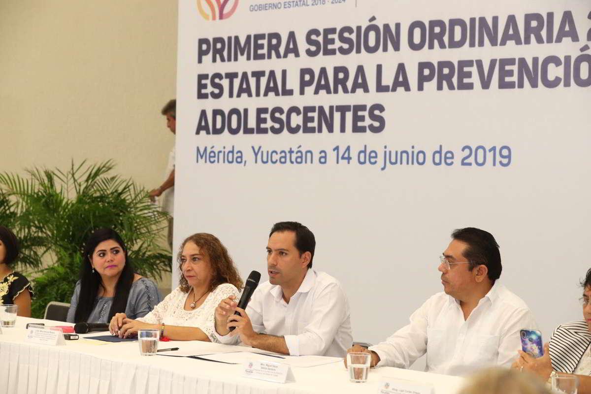 Acciones en favor de las niñas y mujeres yucatecas