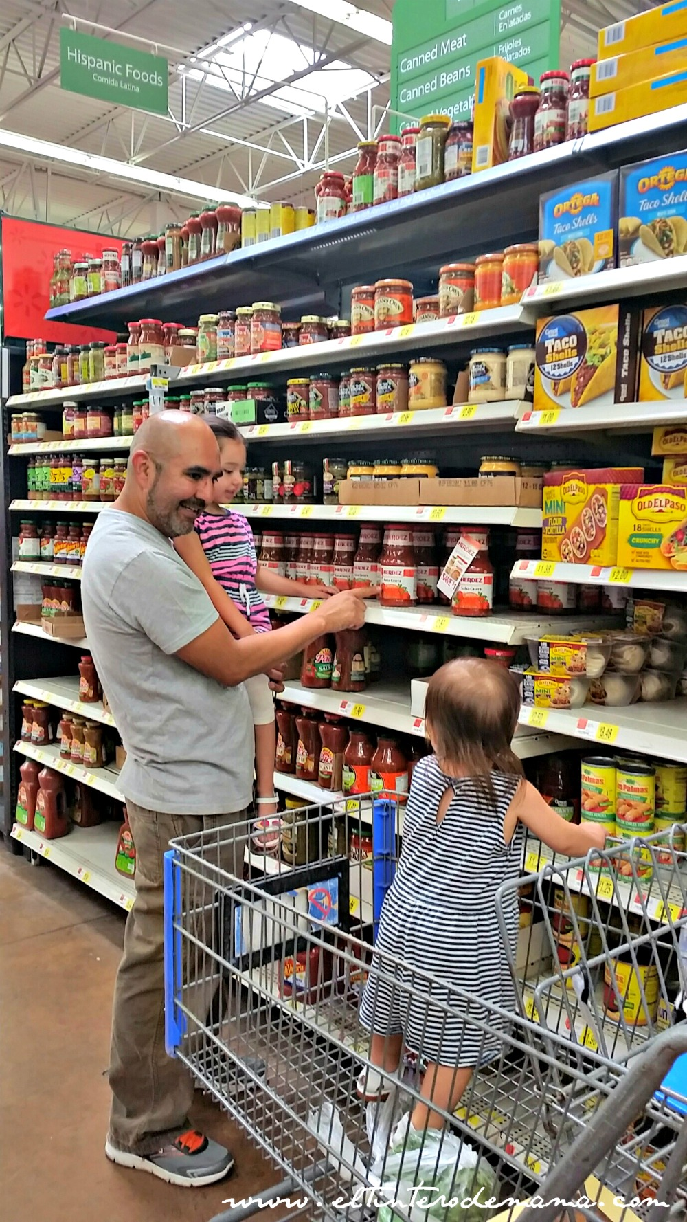 Celebrating_Traditions_with_Hormel_HERDEZ_Salsa_Walmart