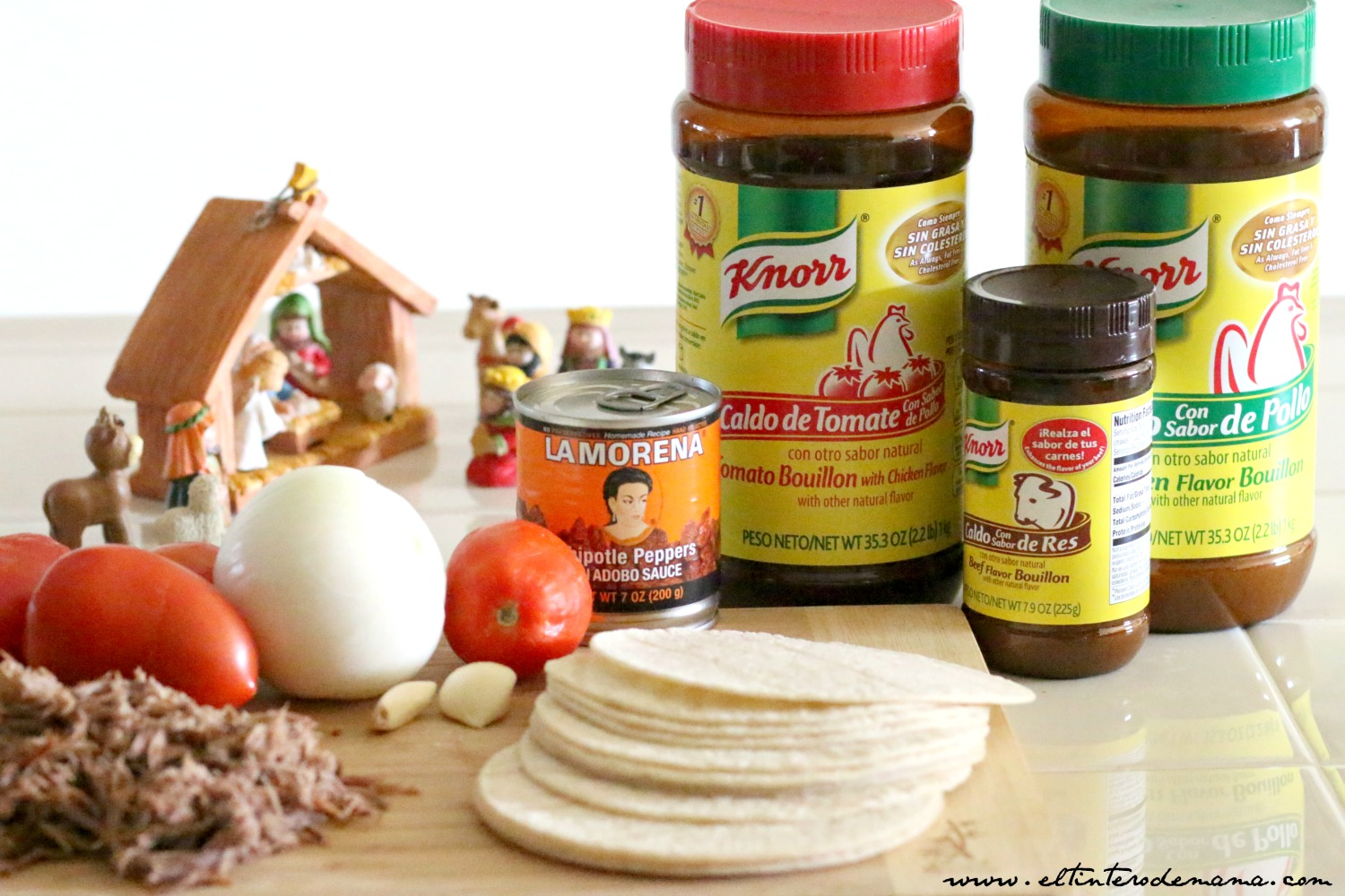 Celebrate-CHRISTMAS-with-La-Morena-and-Knorr-at-Walmart-ColectivaLatina