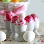 Nail-polish-marbled-eggs-diy