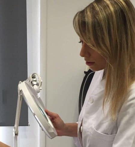 Dra. Marta Vilavella, dermatóloga en Terrassa
