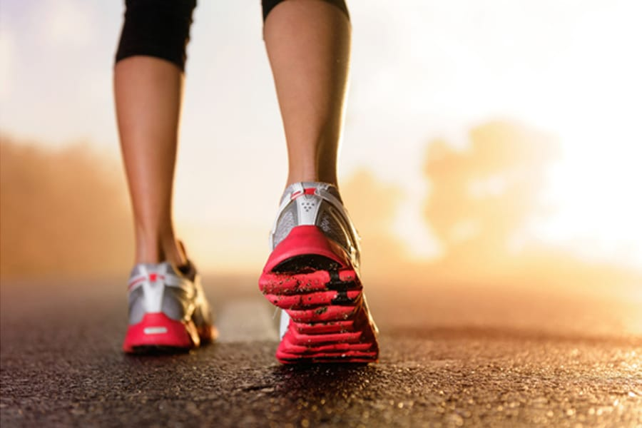 ¿Cómo elegir las zapatillas de running que mejor se adaptan a tus pies?