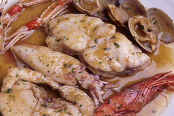Receta de zarzuela de pescado y marisco, paso a paso
