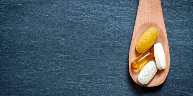 tomar-vitaminas suplementos multivitamínicos