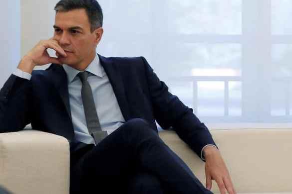 """¿Pedro Sánchez debe dimitir por su """"tesis doctoral""""?"""