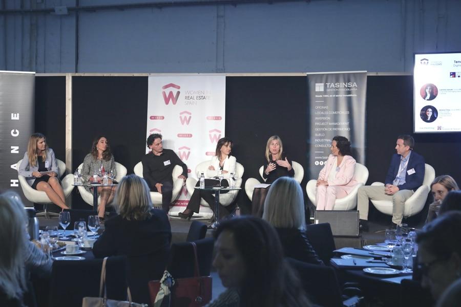 El papel de la mujer en el sector inmobiliario y las políticas de vivienda centran el debate de BMP