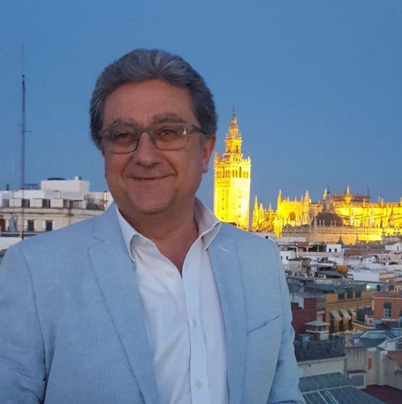 Enrique Millo en Sevilla-Andalucía al frente de las embajadas andaluzas