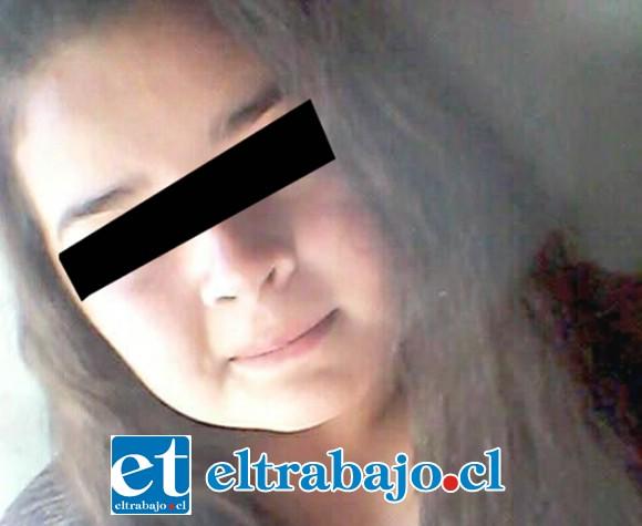 La menor de 17 años de edad fue reportada ante las policías como desaparecida por su madre desde este lunes.