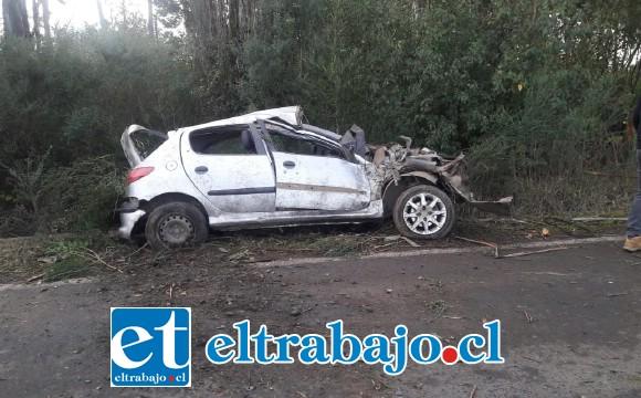 Personal de la Siat de Carabineros investigará las causas basales del accidente de tránsito.
