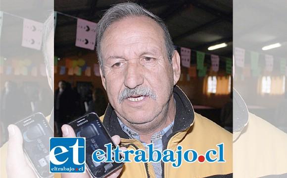 Luis Ortiz Veloso, conocido vecino y expresidente de la junta de vecinos El Asiento.