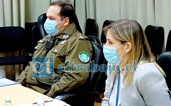 Prefecto de Carabineros, coronel Jorge Chabán, junto a la directora del Servicio de Salud Aconcagua, Susan Porras.