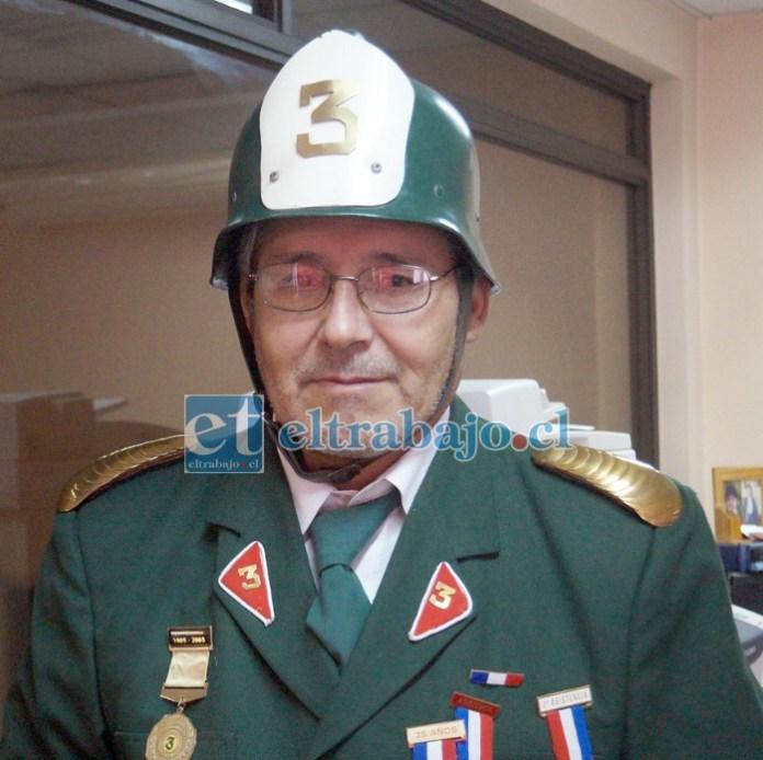 Francisco Gajardo Sánchez cumplió 30 años de servicio voluntario en la Tercera Compañía de Bomberos de San Felipe.